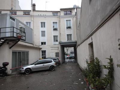 Immeuble, 2 200 m²