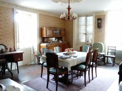 Maison, 313 m²