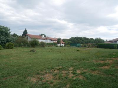Terrain, 1 100 m²