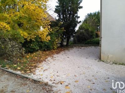 Parking, 92 m²