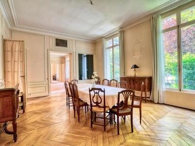 Appartement, 325 m²