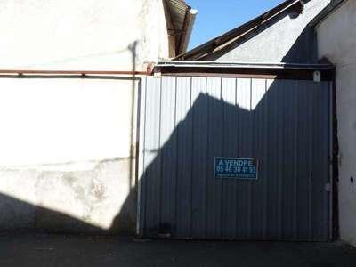 Parking, 115 m²