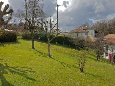 Terrain, 1 055 m²