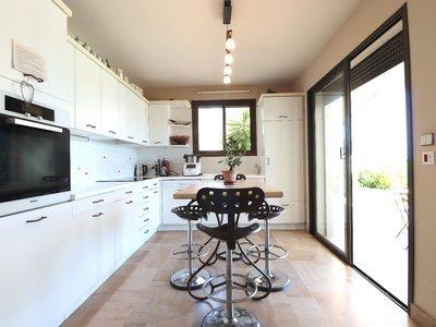 Maison, 263 m²