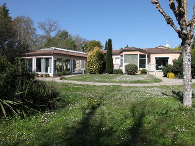 Maison, 490 m²