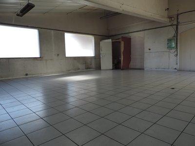 Parking, 110 m²