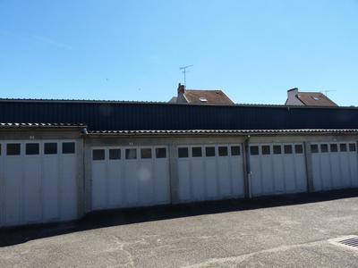 Terrain, 1 600 m²