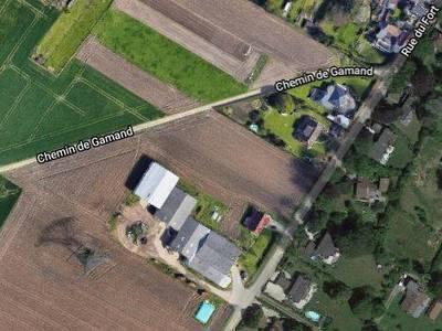 Terrain, 3 330 m²