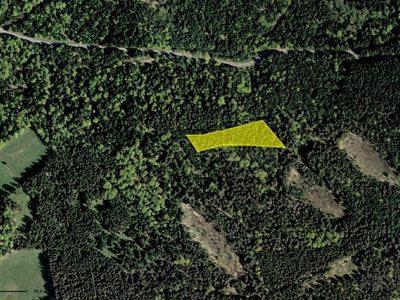 Terrain, 7 040 m²