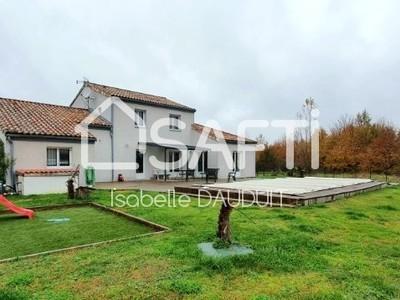 Maison, 151 m²