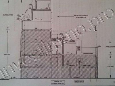 Immeuble, 670 m²