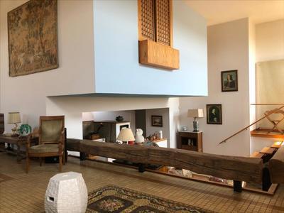 Maison, 1 280 m²