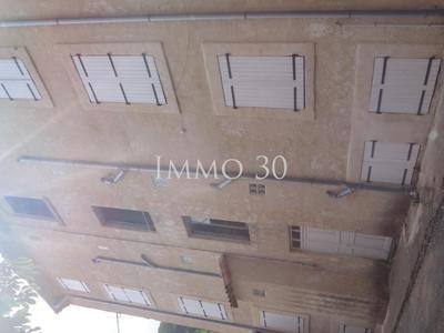 Immeuble, 1 300 m²