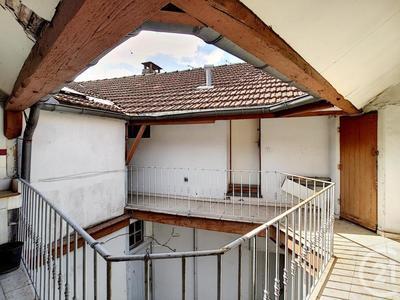 Immeuble, 283 m²