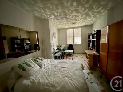 Immeuble, 278 m²