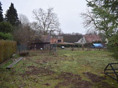 Terrain, 1 300 m²