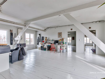 Immeuble, 1 695 m²