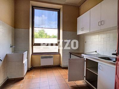 Immeuble, 403 m²