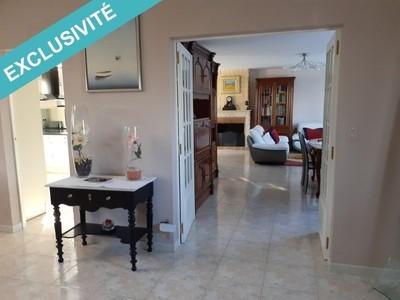 Maison, 394 m²