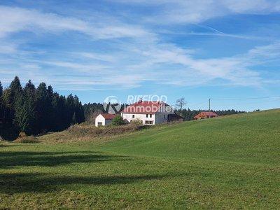 Maison, 690 m²