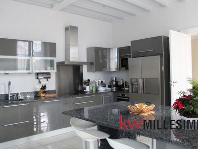 Maison, 525 m²
