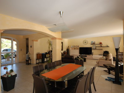 Maison, 354 m²