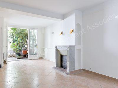 Maison, 264 m²