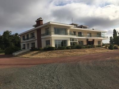 Maison, 1 650 m²