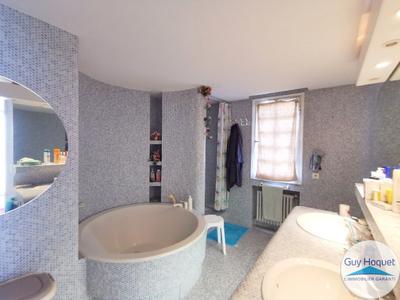 Maison, 197 m²