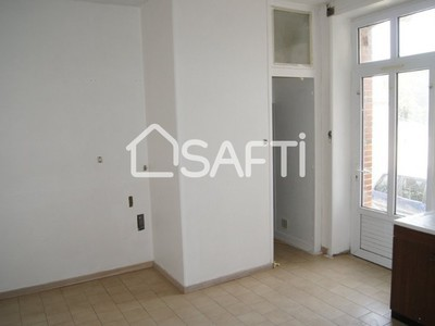 Immeuble, 271 m²