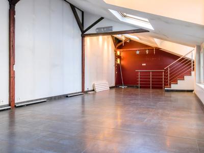 Immeuble, 151 m²