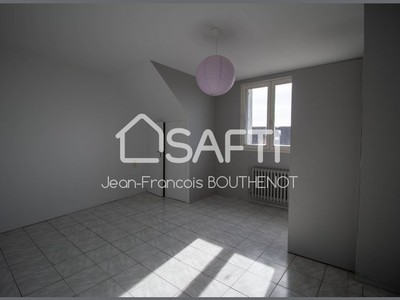 Immeuble, 136 m²