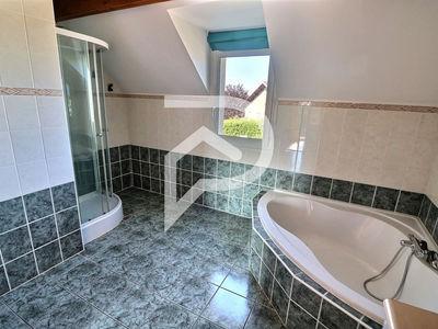 Maison, 182 m²