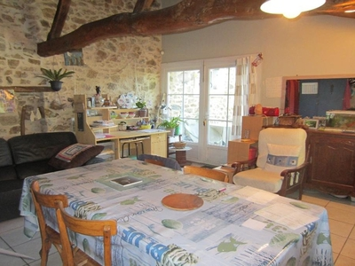 Maison, 257 m²
