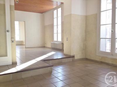 Immeuble, 211 m²