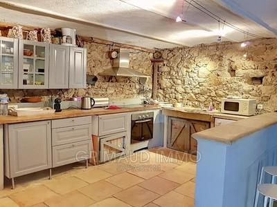 Maison, 320 m²