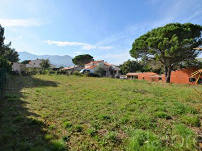 Terrain, 1 036 m²