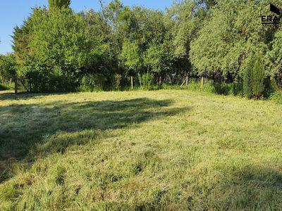 Terrain, 3 000 m²