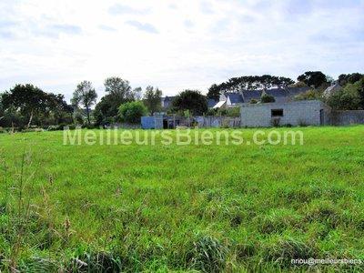 Terrain, 700 m²
