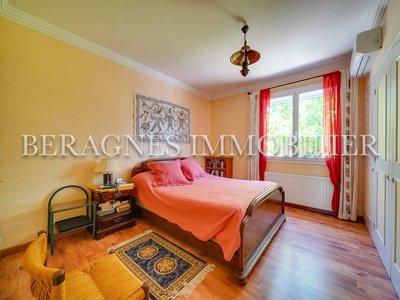 Maison, 242 m²
