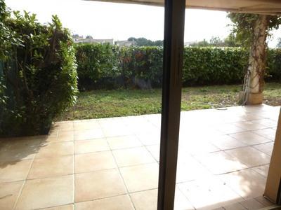Location appartement rez de jardin à Saint-Laurent-du-Var ...