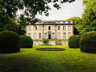 Maison, 980 m²