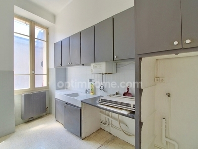 Immeuble, 100 m²