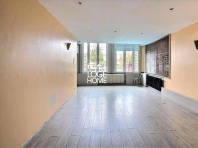 Immeuble, 197 m²