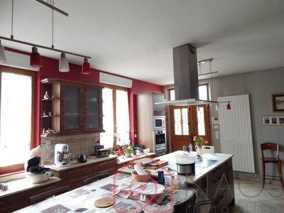 Maison, 259,6 m²