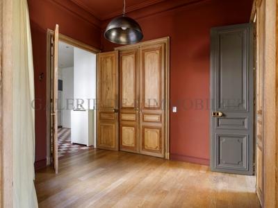 Appartement, 211 m²