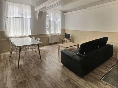 Immeuble, 200 m²