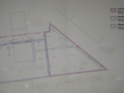 Terrain, 615 m²