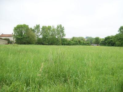Terrain, 7 566 m²