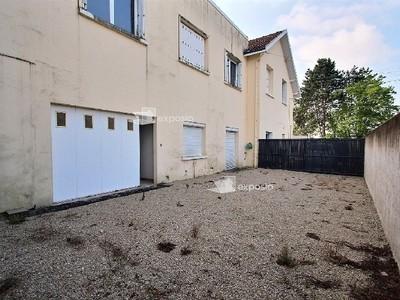 Immeuble, 233 m²